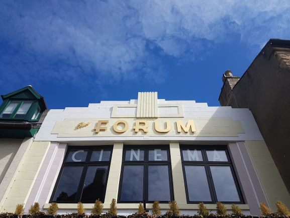 "alt=""Forum cinema"""