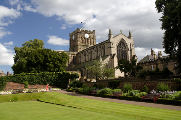 "alt=""Hexham Abbey and bowling green"""