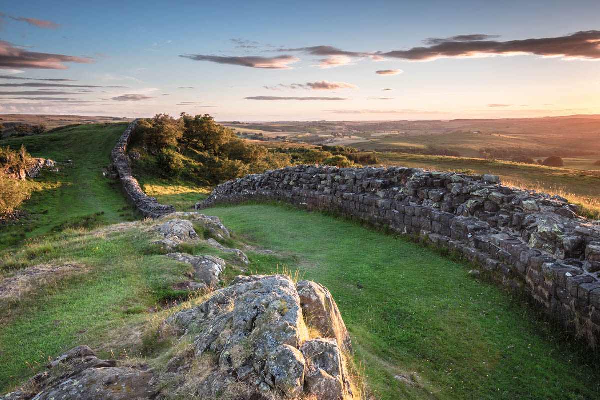 Holiday cottage on Hadrian's Wall near Hexham with luxury self catering for 2  St Oswald's Farm sits on top of Hadrian's Wall itself in the stunning Northumberland countryside and boasts fantastic views, scenery and walking opportunities